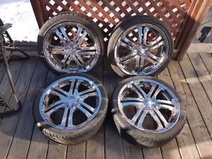 4 mags chromé avec 2 pneus neufs et 2 pneus usagés