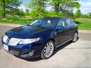 2011 Lincoln MKS Fully Loaded