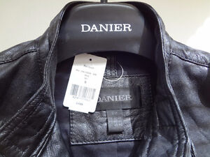 Genuine Leather Lambskin Jacket, Size S, brand new with tags Cambridge Kitchener Area image 8