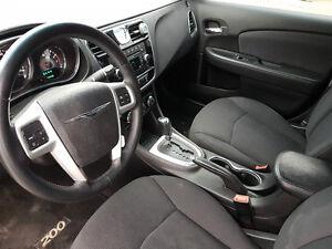 2013 Chrysler 200-Series touring Sedan London Ontario image 6