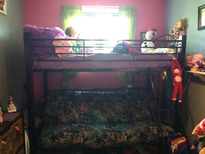 Bunk bed with fouton & single mattress