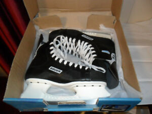 NEW! Mens Bauer Charger Ice Hockey Skates - Size 11 Senior