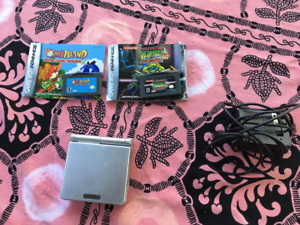 Gameboy Advance SP with 2 games