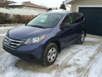 2014 Honda CRV LX, All-wheel-drive, Low km