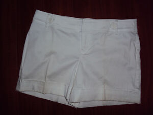 Ricki's White dress shorts