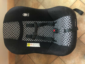 Two Perfect condition car seats 5-40lbs
