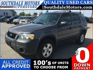 2005 FORD ESCAPE XLT * AWD * PREMIUM CLOTH SEATING London Ontario image 1