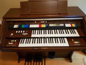 Kawai DX600 Electric Organ