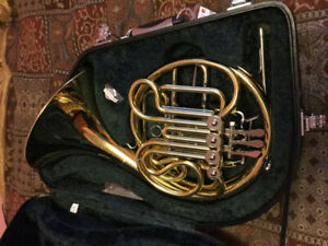 Yamaha Double French Horn For Sale