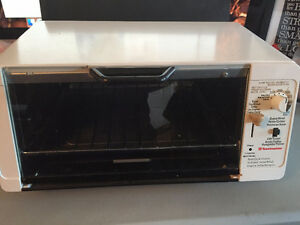 Toastmaster Model 306A Toaster Oven $30 cash only no trades