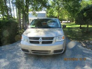 2009 Dodge Grand Caravan Minivan, Van