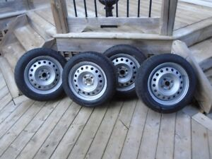 4 GOODYEAR Winter Tires with RIMS   195/55/R15