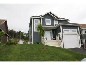 Beautiful Stunning Home Located in Paradise - 8 Atlantica Drive