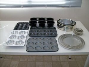 Baking pans and cookbooks