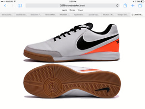 Nike Tiempo indoor soccer shoe youth size 3 -$10