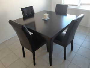 Expandable Espresso dining room table (no chairs)