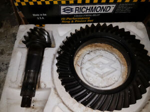 Gear Richmond  12 bolts    4.56 Ratio