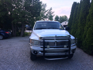 FOR SALE 2003 white Dodge ram 3500