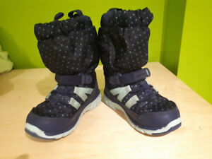Stride Rite Toodler Winter Boots - Size 7