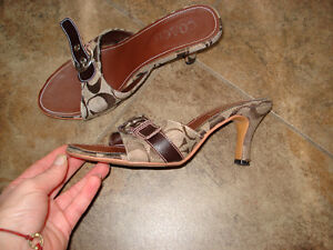 Coach sandals size 6 London Ontario image 3