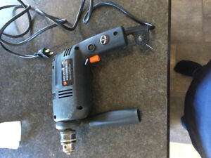 Perceuse black and Decker 10mm
