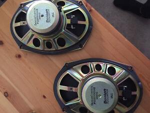 Boston Acoustic 6x9 Caar speakers