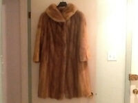 Canadian Majestic Blond Mink Fur Coat