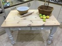 Upcycled Rustic Table in Annie Sloan Chalk Paint