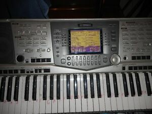yamaha psr 2000 work station