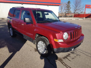 2013 Jeep Patriot SUV, 4x4, auto, loaded, 185,000 km.