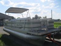 1998 Aqua Patio 24' Pontoon Boat w/40hp Mercury 1998 SEATS 14 Kitchener / Waterloo Kitchener Area Preview