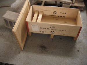 Wooden Shipping Crate for Sale
