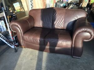 3 Piece Natuzzi Leather Set $1000