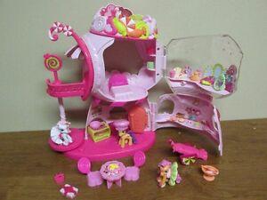 Maison bonbon de 3 petites pouliches...My Little Pony musicale