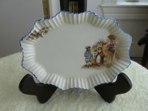 AN EXQUISITE J&G MEAKIN SUNSHINE SOL TINY CHINA FLUTED TRAY