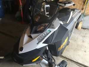 2009 Summit Everest 600 H/O 146IN