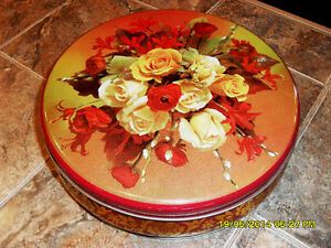 tole a biscuit ancienne vintage cookie tin with roses #3229