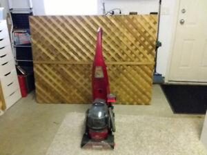 Bissell  carpet cleaner good condition