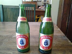2 bouteilles anciennes de bieres Molson