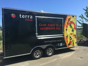 PIZZA CONCESSION TRAILER - LIKE NEW CONDITION - DELUXE