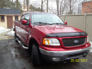 2002 Ford F-150 XLT Camion