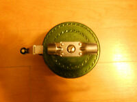 Moulinet a mouche Automatic, Automatic fly fishing reel
