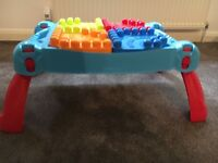 Mega Bloks Buildable Box 100 Pieces and Play-n-Go Table / lego