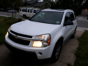 2005 Chevrolet Equinox loaded AWD - salvage