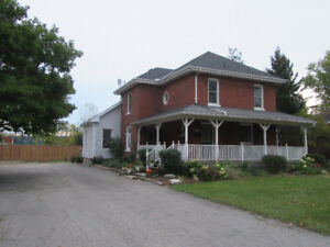 2072 sq ft home on almost 1/4 acre lot-move in ready