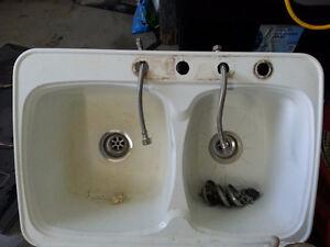 Free white sink