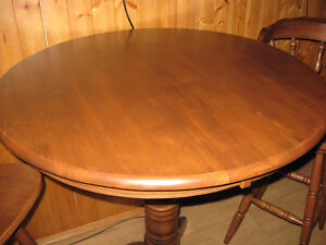 Bar Table and Chair Set Belleville Belleville Area image 2