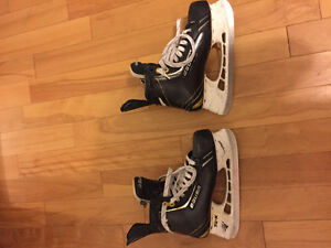 Bauer Total One NXG Size 8 width D