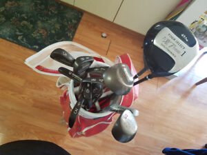 14 pc Golf Club Set and Red and White Spalding Bag