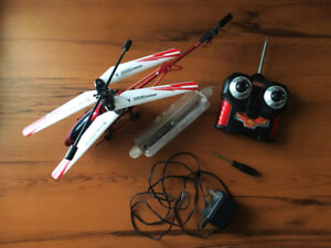 REMOTE CONTROL (RC) HELICOPTER (BATTERIES NOT INCLUDED)